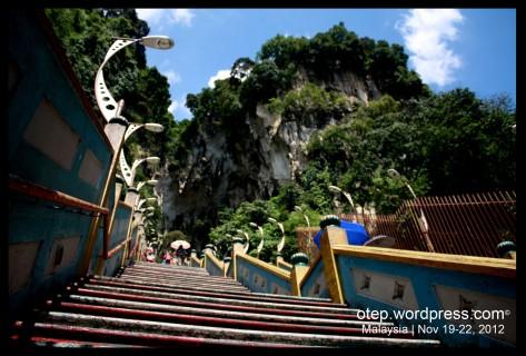 Batu Caves 272 steps!