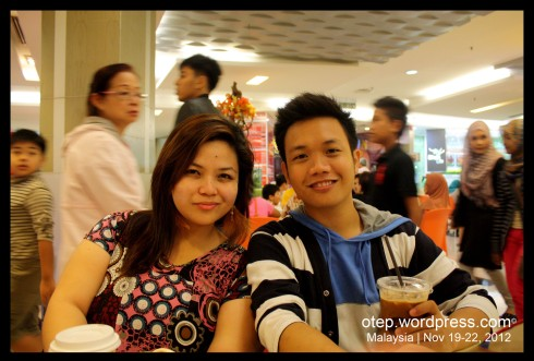 Yhen & I @ OldTown White Coffee inside Petronas Twin towers Mall